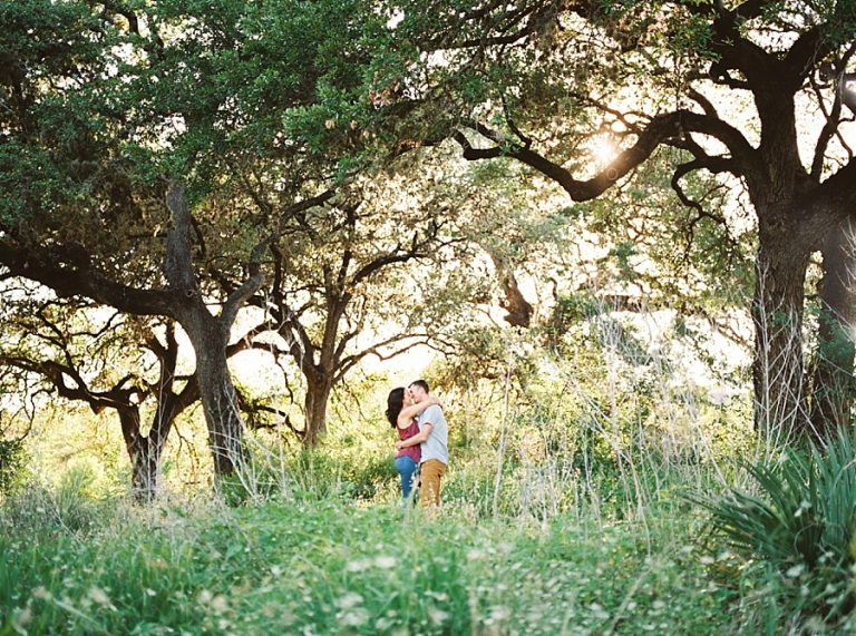 bull creek austin engagement session under trees